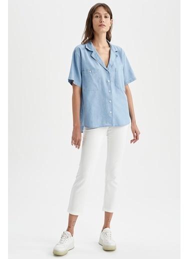 DeFacto Cep Detaylı Ceket Yaka Oversize Fit Kısa Kollu Tencel Gömlek Mavi